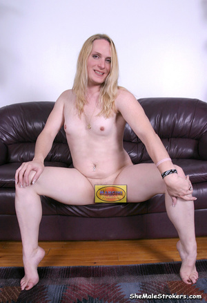 Black tranny in a short skirt bares her  - XXX Dessert - Picture 4