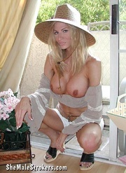 slender trans blondie will