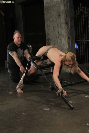 Curvy babe racked and tied gets whipped  - XXX Dessert - Picture 2
