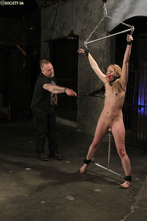 Curvy babe racked and tied gets whipped  - XXX Dessert - Picture 8