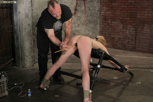Curvy babe racked and tied gets whipped  - XXX Dessert - Picture 14