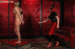 Tall curvy blonde gets roped, tortured a - XXX Dessert - Picture 12