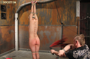 Lovely blonde tied, hung, gagged, shocke - XXX Dessert - Picture 10