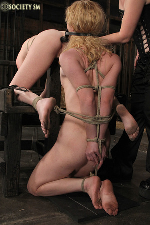 Cute blonde bound, clipped and humiliate - XXX Dessert - Picture 4