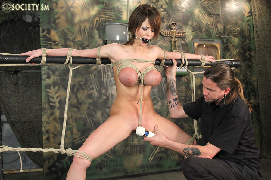 punk guys fucking roped and suspended chick
