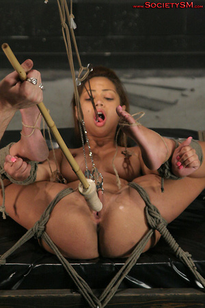 Sexy brunette roped, suspended, folded a - XXX Dessert - Picture 4
