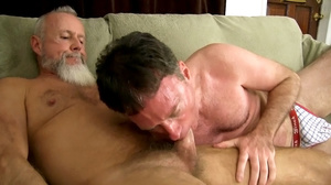 White beard man gets his cock sucked the - XXX Dessert - Picture 4
