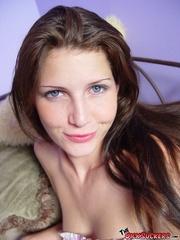 blue eyed brunette masturbates