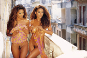 double sexy ebony twins