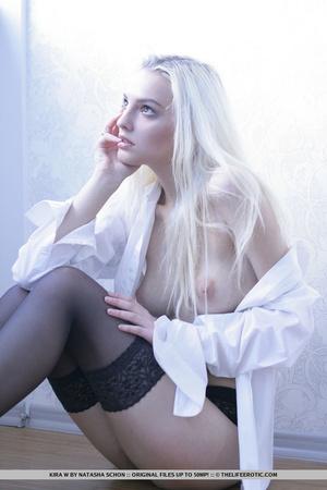 Lovely girl in black lingerie lies back  - XXX Dessert - Picture 7