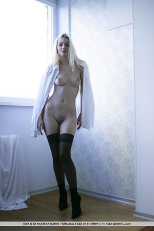 Lovely girl in black lingerie lies back  - XXX Dessert - Picture 10