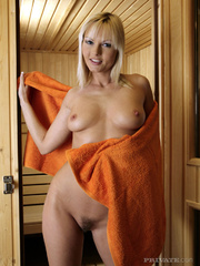 blonde bombshell takes off