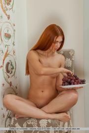 ginger bombshell eats grapes