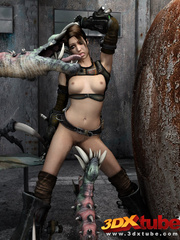 Raider babe is fucked in the pussy by a scary - Picture 5