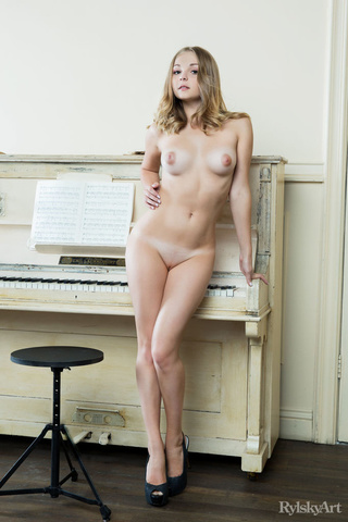 musical young blonde models