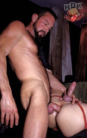 Handsome stud suck the dick of a hairy d - XXX Dessert - Picture 6