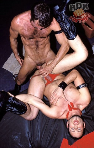 Handsome stud suck the dick of a hairy d - XXX Dessert - Picture 8
