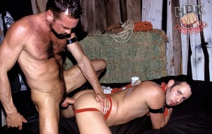 Handsome stud suck the dick of a hairy d - XXX Dessert - Picture 11