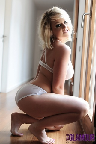 steaming hot blonde teases