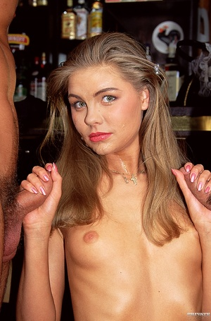Lovely blonde babe with smoking hot body - XXX Dessert - Picture 12