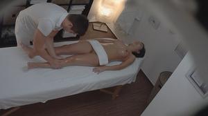 Professional masseur seduces a very slen - XXX Dessert - Picture 8