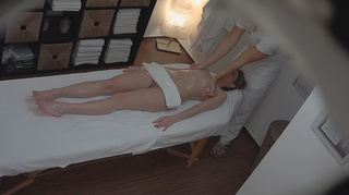cock-addicted blonde pounded masseur