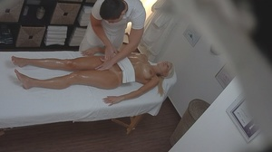 Bleached goddess is lying naked and enjo - XXX Dessert - Picture 13