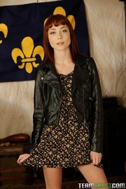 sexy redhead model gets