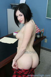 meaty brunette with pale