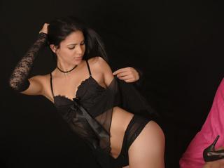 latin girl small tits