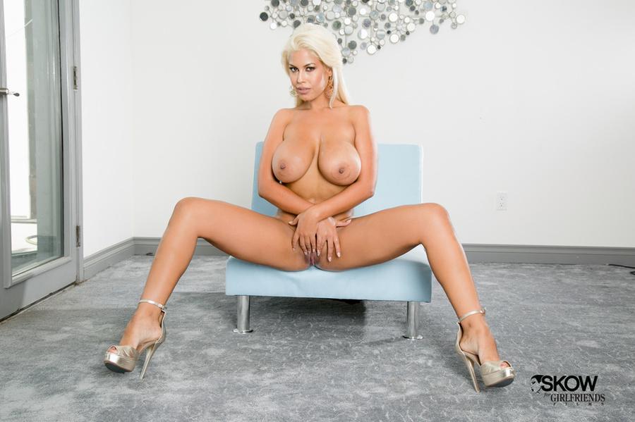 Webcam Blonde Dildo Big Tits