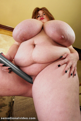 gigantic babe unleashes freaky
