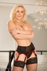 hot blonde black has