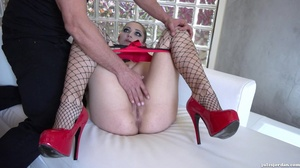 Perky brunette in fishnets gets her puss - XXX Dessert - Picture 4