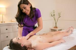 Yummy big breasts masseuse enjoys making - XXX Dessert - Picture 4