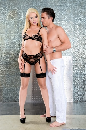 Blonde bombshell teases a hunk dude with - XXX Dessert - Picture 4
