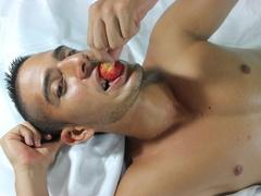 25 yo, boy live sex, spanish, striptease