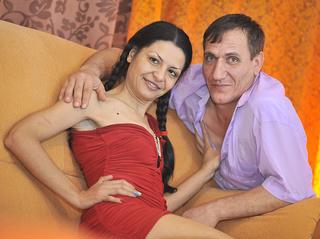 white couple takemyassnow deepthroat