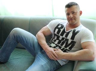 white gay bodybuilder87 love