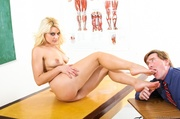 blonde mistress gets her