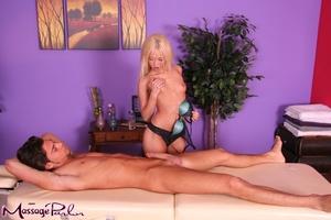 Wonderful blonde in silk green bra and b - XXX Dessert - Picture 4