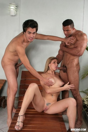 Stunning guy gets his ass pounded by a m - XXX Dessert - Picture 3