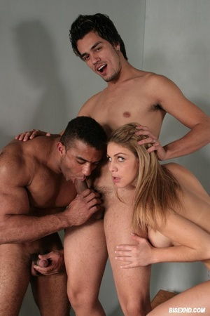 Stunning guy gets his ass pounded by a m - XXX Dessert - Picture 4