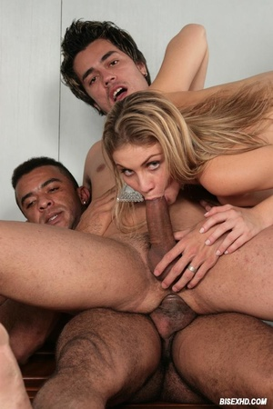 Stunning guy gets his ass pounded by a m - XXX Dessert - Picture 10