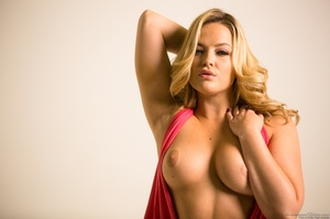 Curvy blondie posing in coral dress and  - XXX Dessert - Picture 4