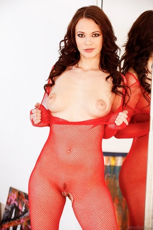 Brunette cutie in crotchless red fishnet - XXX Dessert - Picture 3