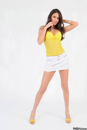 Brunette in yellow top wiggles out of wh - XXX Dessert - Picture 2