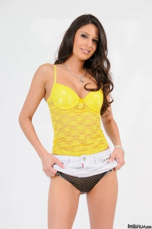 Brunette in yellow top wiggles out of wh - XXX Dessert - Picture 8