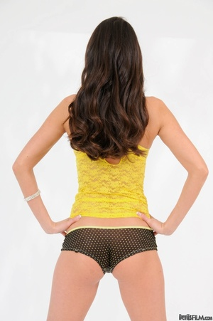 Brunette in yellow top wiggles out of wh - XXX Dessert - Picture 14