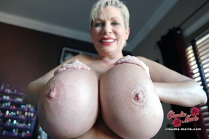 Tits-pumping action from a busty mature  - XXX Dessert - Picture 1
